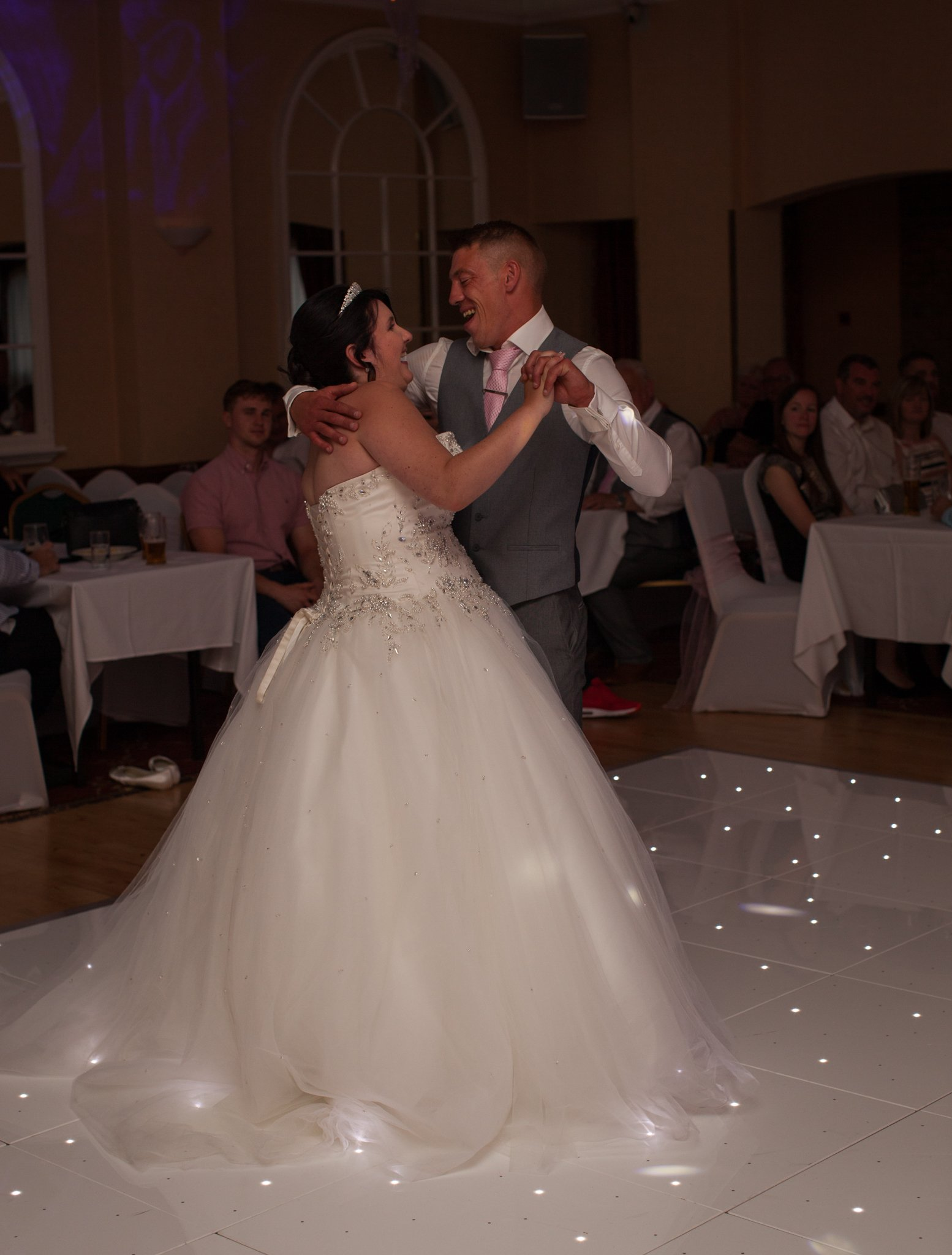 Cwmbran Wedding, Parkway Hotel, First Dance, Tania Miller Photography