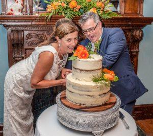 Wedding of Lynn & Rich at Insole Court, Cardiff wedding, Tania Miller Photography, Cardiff Wedding Photographer